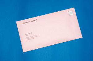 Der zugeklebte Abstimmungsbrief kann nun in den Briefkasten.